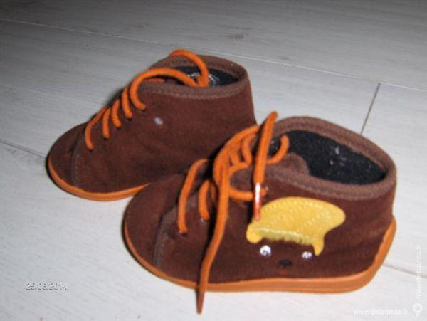 88c83980a2d31 Chaussons enfant (pointure 22) Chaussures