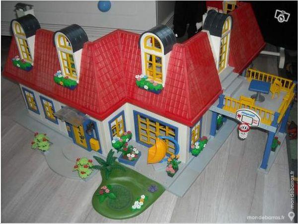 Maison moderne Playmobil 3965 meublée + extension