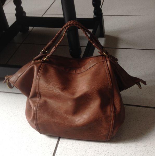 39ce2f83ae Achetez sac à main en cuir occasion, annonce vente à Sarreguemines ...