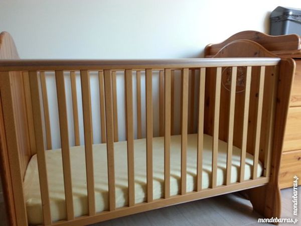 achetez lit barreau type occasion annonce vente. Black Bedroom Furniture Sets. Home Design Ideas