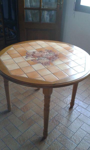 Achetez table ronde occasion, annonce vente à Dombasle-en-Xaintois ...