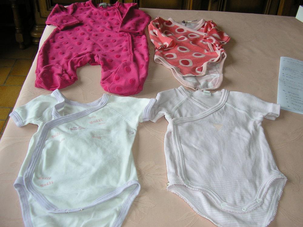 31dd456a6e1c5 Achetez vêtements bébé 1 occasion, annonce vente à Quaëdypre (59 ...