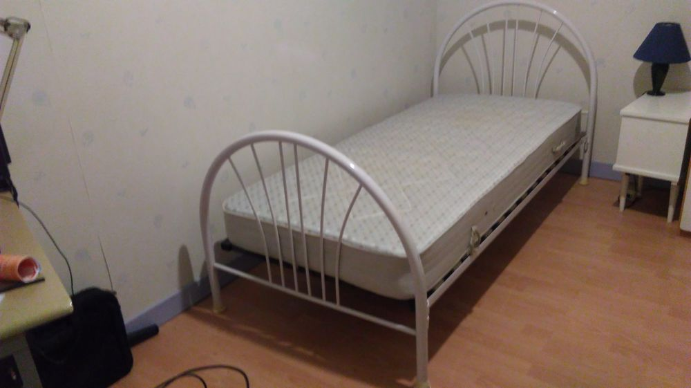 meubles niort best dcapage meubles et radiateurs with meubles niort meubles with meubles niort. Black Bedroom Furniture Sets. Home Design Ideas