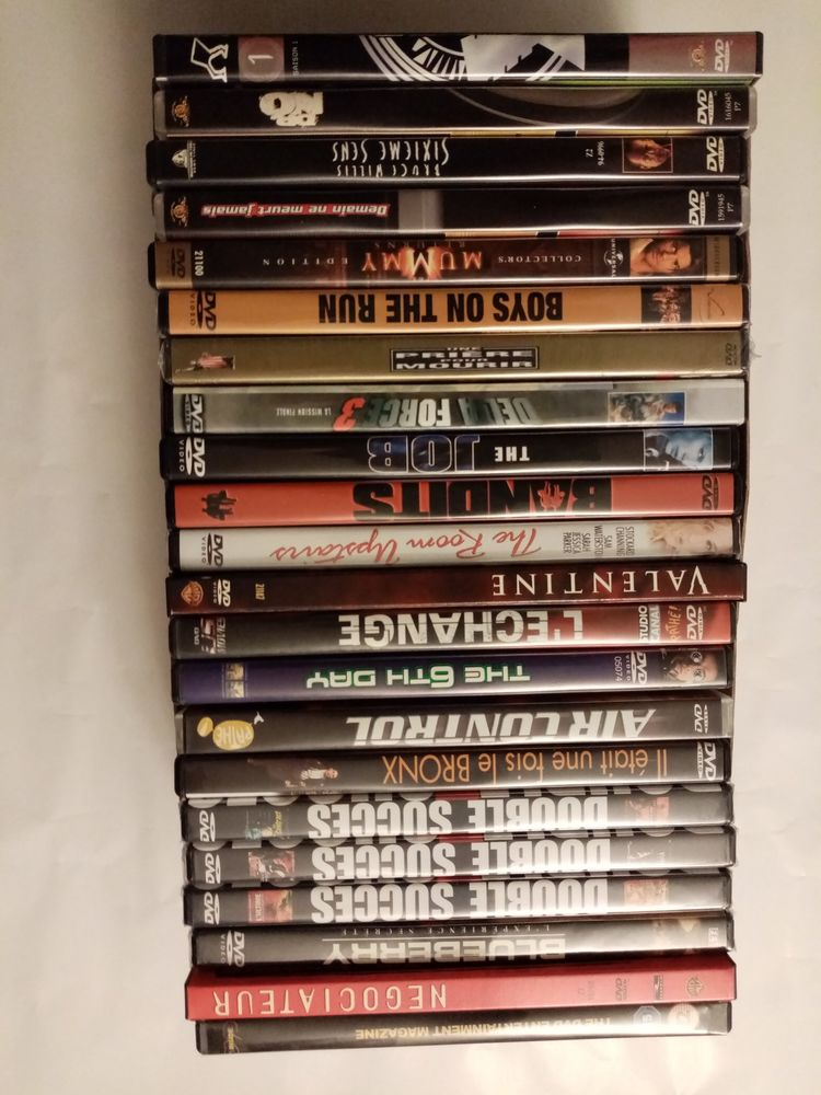 Lot de 22 DVD 20 Villerupt (54)