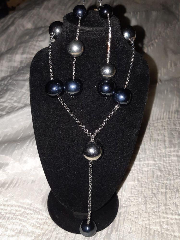 Parure de perles marine et argentées 45 Châtenay-Malabry (92)