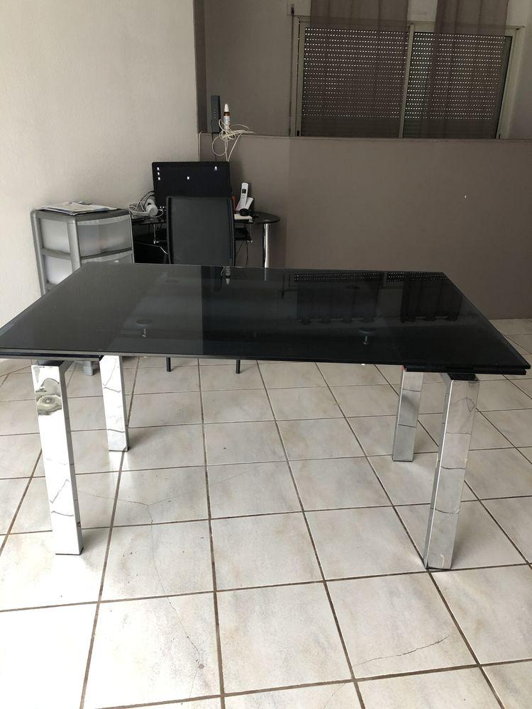 Table en verre  0 Pézenas (34)