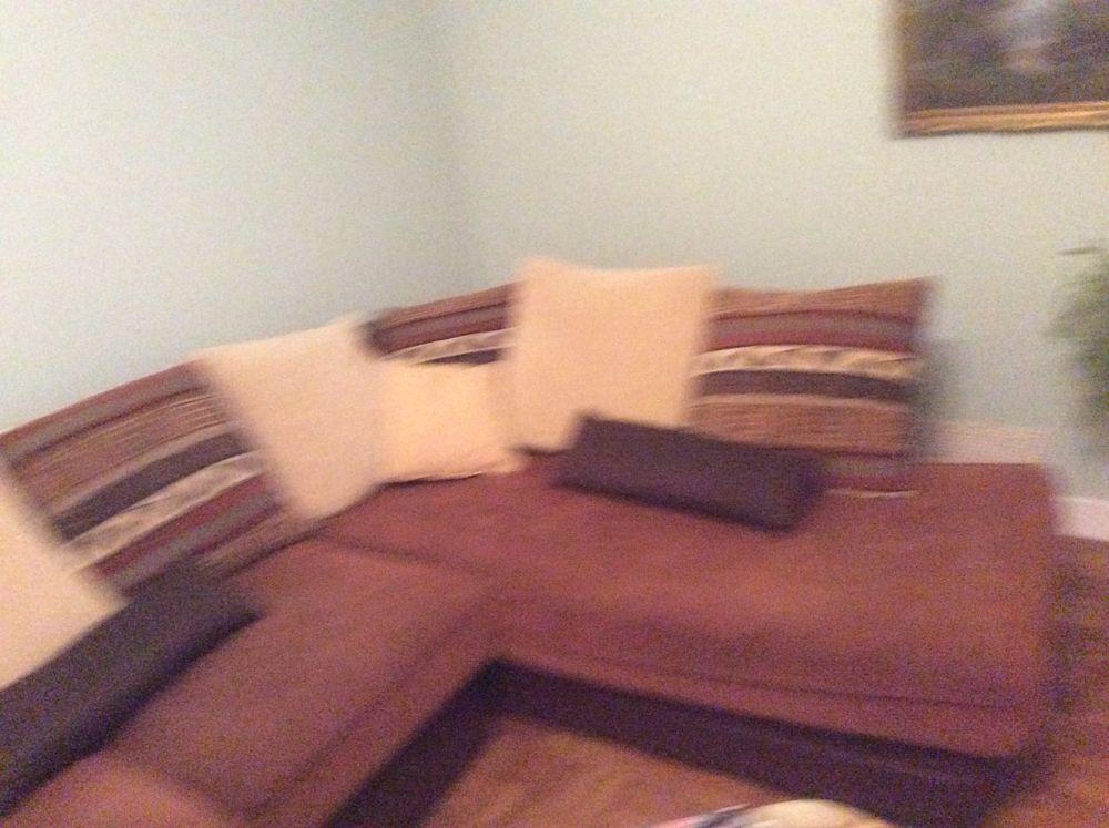 Gros canapé d'angle marron en cuir et textile 150 Locarn (22)