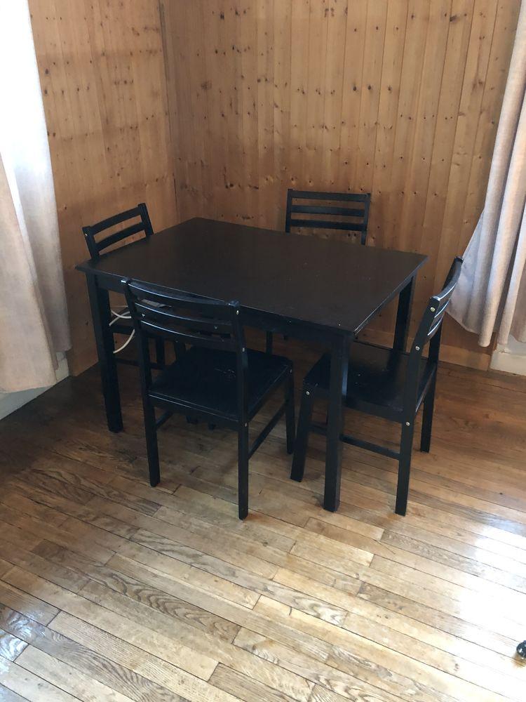 Table à manger et 4 chaises 90 Chambéry (73)
