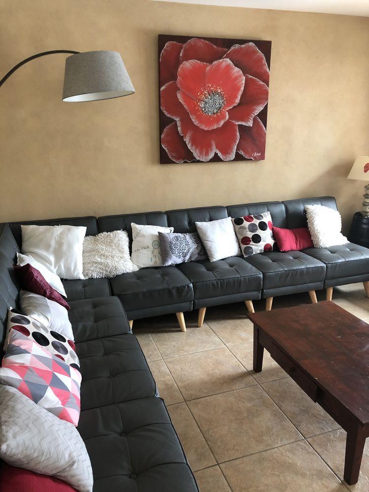 Grand canapé modulable gris   500 Brissac-Quincé (49)